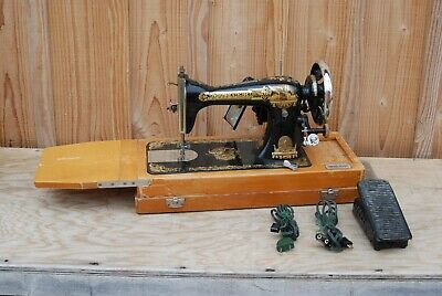 SINGER 15K ANCIENNE MACHINE A COUDRE DECOR SPHYNX / 1910 N° SÉRIE F167071 d'occasion  Expédié en Belgium