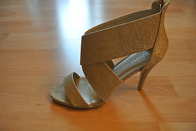 3)  Tolle High Heel Sandaletten Gr.41 in Gold  Gold High Heel Sandaletten