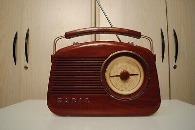 Sehr gute ansehende tragbare Radio TCHIBO TCM 2300