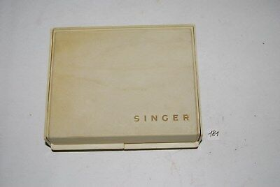 C181 Ancienne boites - outillage SINGER - machine à coudre  d'occasion  Jurbise