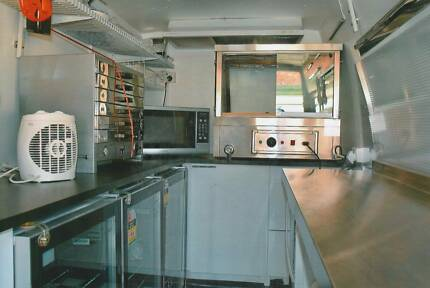Mobile Food Van Fully Licenced *** URGENT SALE ***