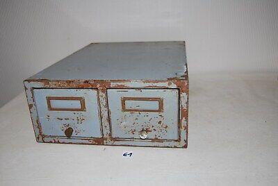 E1 Ancien casier en métal - industrie - administration - design