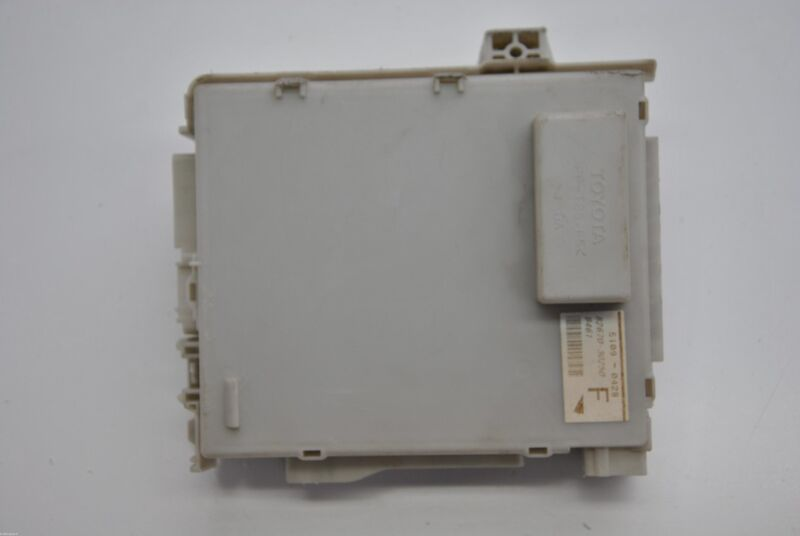 LEXUS GS 450h 2010 RHD REAR JUNCTION BLOCK FUSE BOX 82670-30250