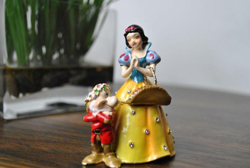 Snow White Bejeweled collection walt disney classics figure