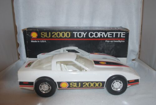 VINTAGE SU 2000 SHELL TOY LARGE CORVETTE CAR with BOX