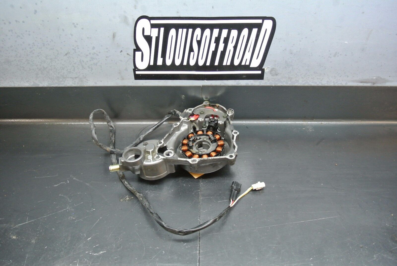 A 2008 08 Yamaha YFZ450 YFZ 450 Stator and Stator Cover