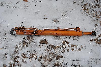 Rh Lift Cylinder Case 1845b Skid Steer