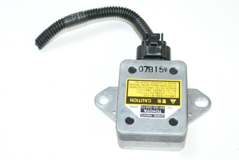 LEXUS GS 450h 2007 RHD YAW TURN RATE ACCELERATION SENSOR 89183-30070