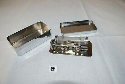 C194 Ancienne boite en métal - seringue de stérilisation - médecin