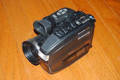 Видеокамеры Panasonic PV-D607 Palmcorder-Black 20X optical