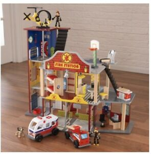 Fire Station play house - pretend play doll house