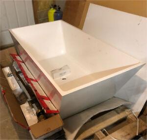 Freestanding Soaker Tub