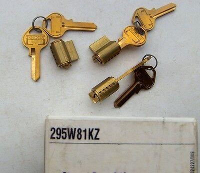 3  Master Lock Padlock Cylinders 295w81kz  With 6 Key Blanks 81
