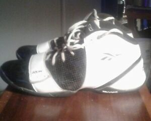 VINTAGE RBK DMX  MAN'S SIZE 10 black&white BASKETBALL  SHOES