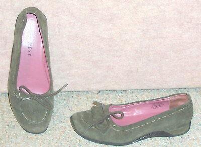 Women's hunter green NINE WEST  R-Giftshopr3 slip on shoes / flats , sz 7.5 M