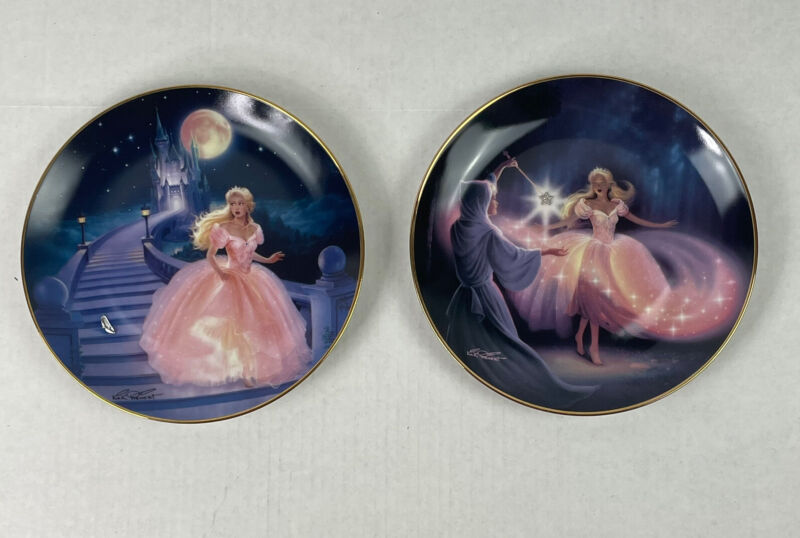 Cinderella Lot of 2 Franklin Mint Heirloom Fairy Godmother Decorative Plates
