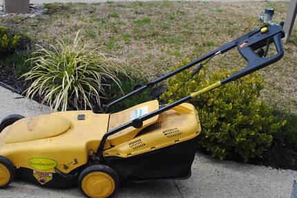 Cordless Electric Mower Cranbourne South Casey Area Preview