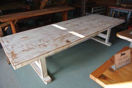Dining Table,White wash Oregon 14seat Lonsdale Morphett Vale Area Preview