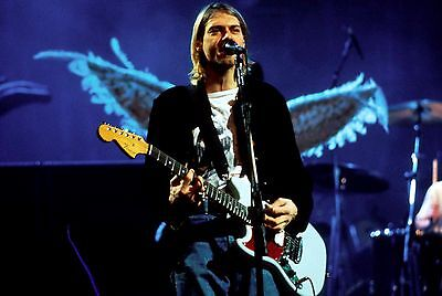 KURT COBAIN OF NIRVANA  8X10 PHOTO  #94