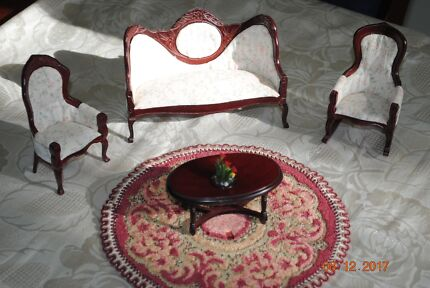 Victorian Dolls House Lounge Furniture 12:1
