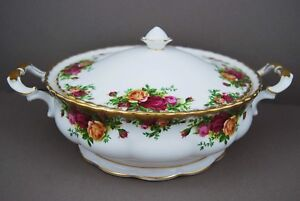 Royal Albert Old Country Roses Vegetable Tureen with Lid