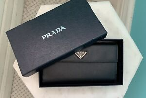 731334a7f607cb Prada Black Saffiano Oro Leather Long Continental Wallet ...