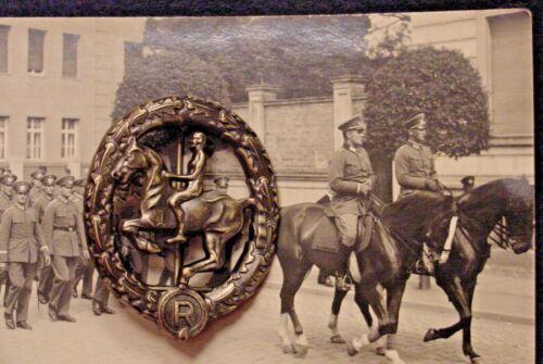 GERMAN WWII  WEHRMACHT CAVALRY - EQUESTRIAN / HORSEMANSHIP BADGE IN BRONZE