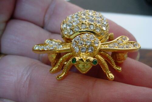 VINTAGE SIGNED JOAN RIVERS BEE WATCH PIN WITH RHINESTONES