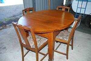 English Oak Table 1900's plus 4 Chairs Beeliar Cockburn Area Preview