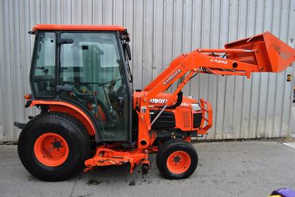 KUBOTA B3030 4WD CAB TRACTOR Hexham Newcastle Area Preview