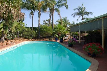 1 fully furnished room to rent in beautiful private home Craigie Joondalup Area Preview