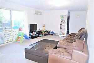 3 bed room, 2 bath room, 2 mins Walk to shops, Bus 150, Shcools Eight Mile Plains Brisbane South West Preview