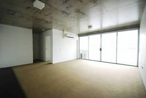 Large One Bedroom Apartment with bath and Carpark for Rent Fortitude Valley Brisbane North East Preview