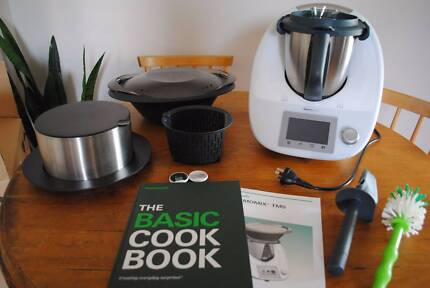 Thermomix TM5 - Bought September 2017, Practically BRAND NEW