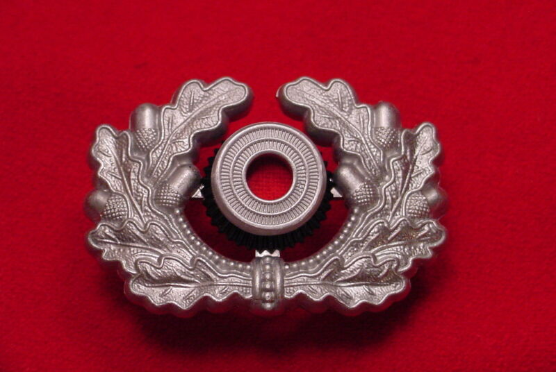 GERMAN WREATH AND COCKADE - OFFICER - WEHRMACHT - REPRODUCTION