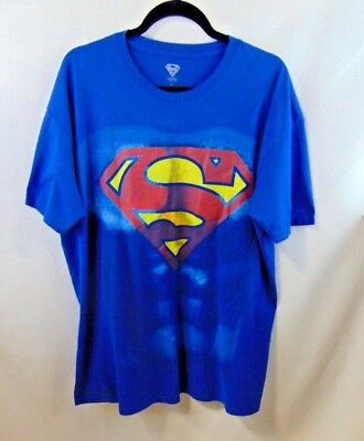 Costume Superman Men XXL T-Shirt W/ Attached Red Cape Great Condition Pre-Owned