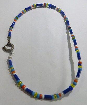 Bracelet nylon avec petit tubes et perles bleu, blanc, rouge, jaune orange,