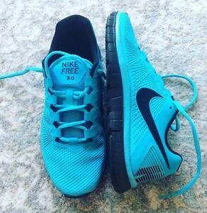 Brand New men running shoe