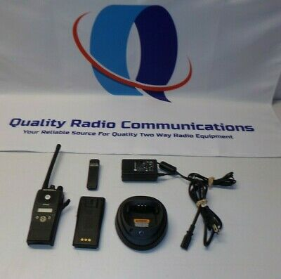 Motorola Pr400 146-174 Mhz Vhf Two Way Radio With Charger Aah65kdf9aa3an