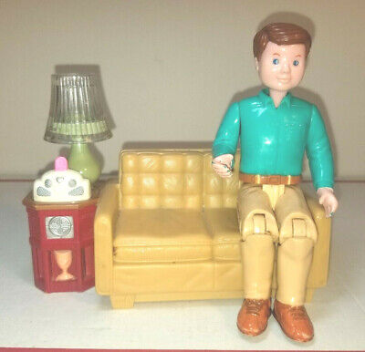 Couch w/ working lamp !! Fisher price loving family dad father action figure