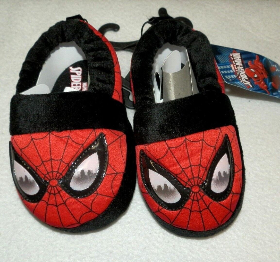 New Baby size 5/6 Spider-Man Slippers Red Non-Skid dots Marv