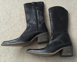 Black boots, leather casual and western cowboy size 9