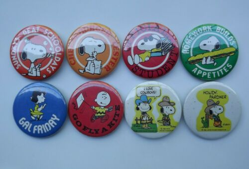 Vintage Lot of 8 United Feature Syndicate Charlie Brown Peanuts Pinback Buttons4