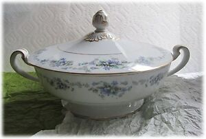 Noritake China Japan Violette Round Entre Serving Bowl Covered w Lid Collectible