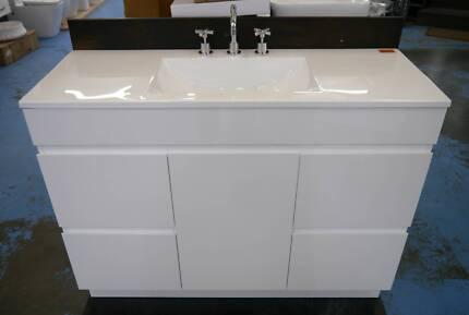 Ex Display 1200 Bathroom Vanity Tap Set Package Set