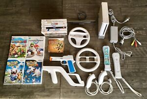 Nintendo Wii , Controllers & 13 Games.  All tested & working.