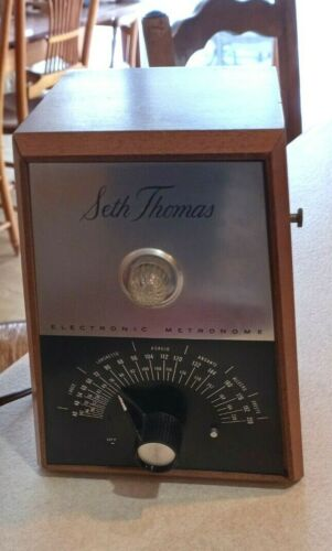 Seth Thomas Electronic Metronome with Flashing Light Model E962-000 Working