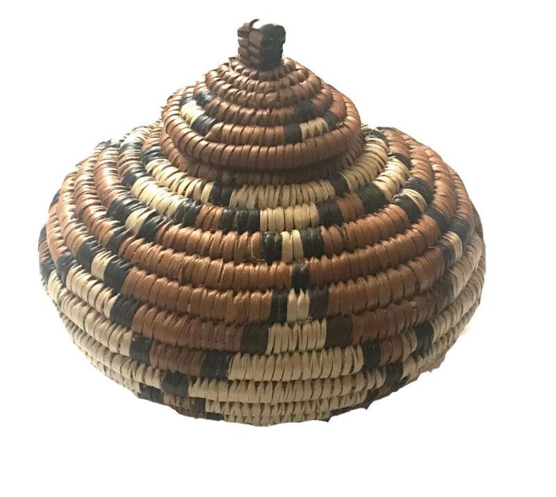 Vintage Woven Coil Ukhambra Zulu Basket Round Diamond Design Domed Lid