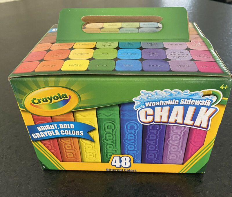 CRAYOLA SIDEWALK CHALK 48 Count Assorted Colors- BRAND NEW, FREE SHIPPING