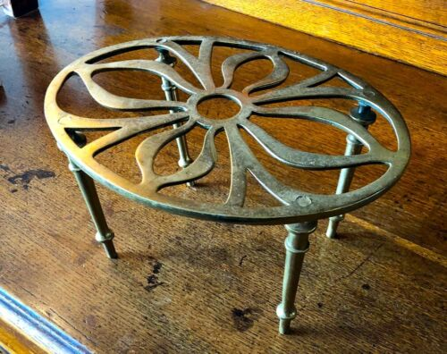 Antique c.1860 Victorian ENGLISH BRASS TEAPOT STAND Kettle Trivet Solid Brass!!